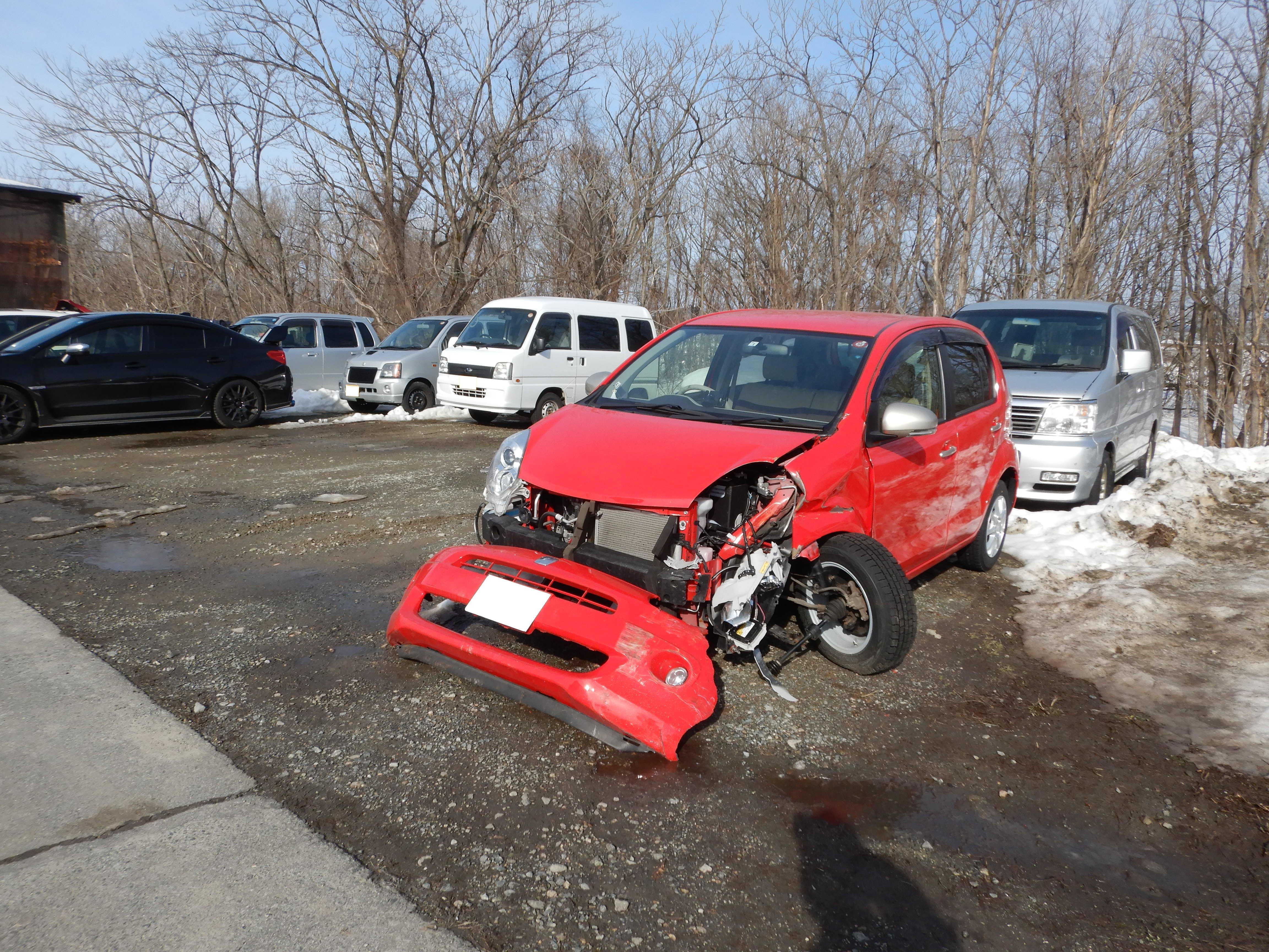 トヨタ パッソ 1.0+Hana 廃車 事故現状車