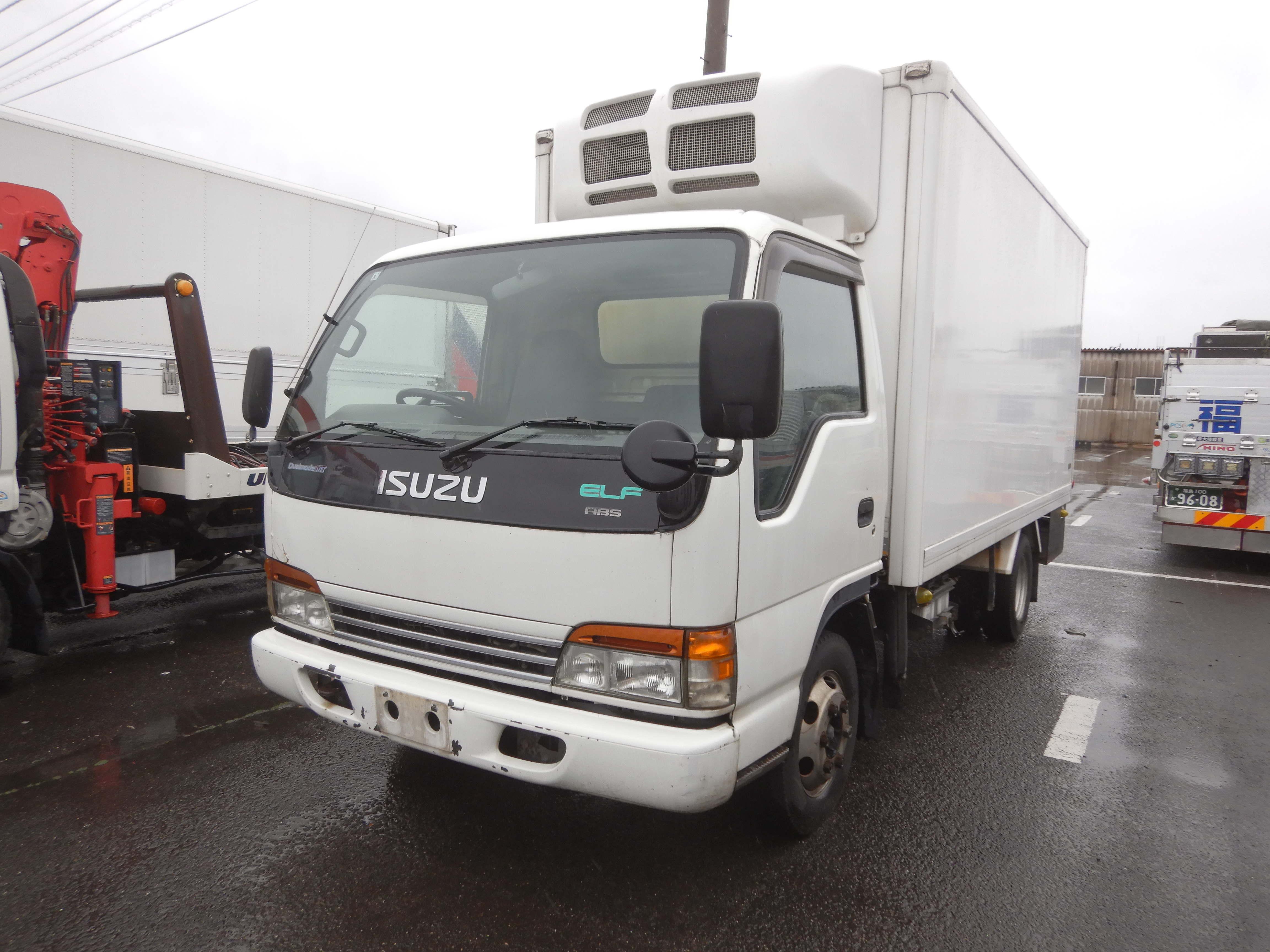いすゞ エルフ冷凍車 輸出向け車両