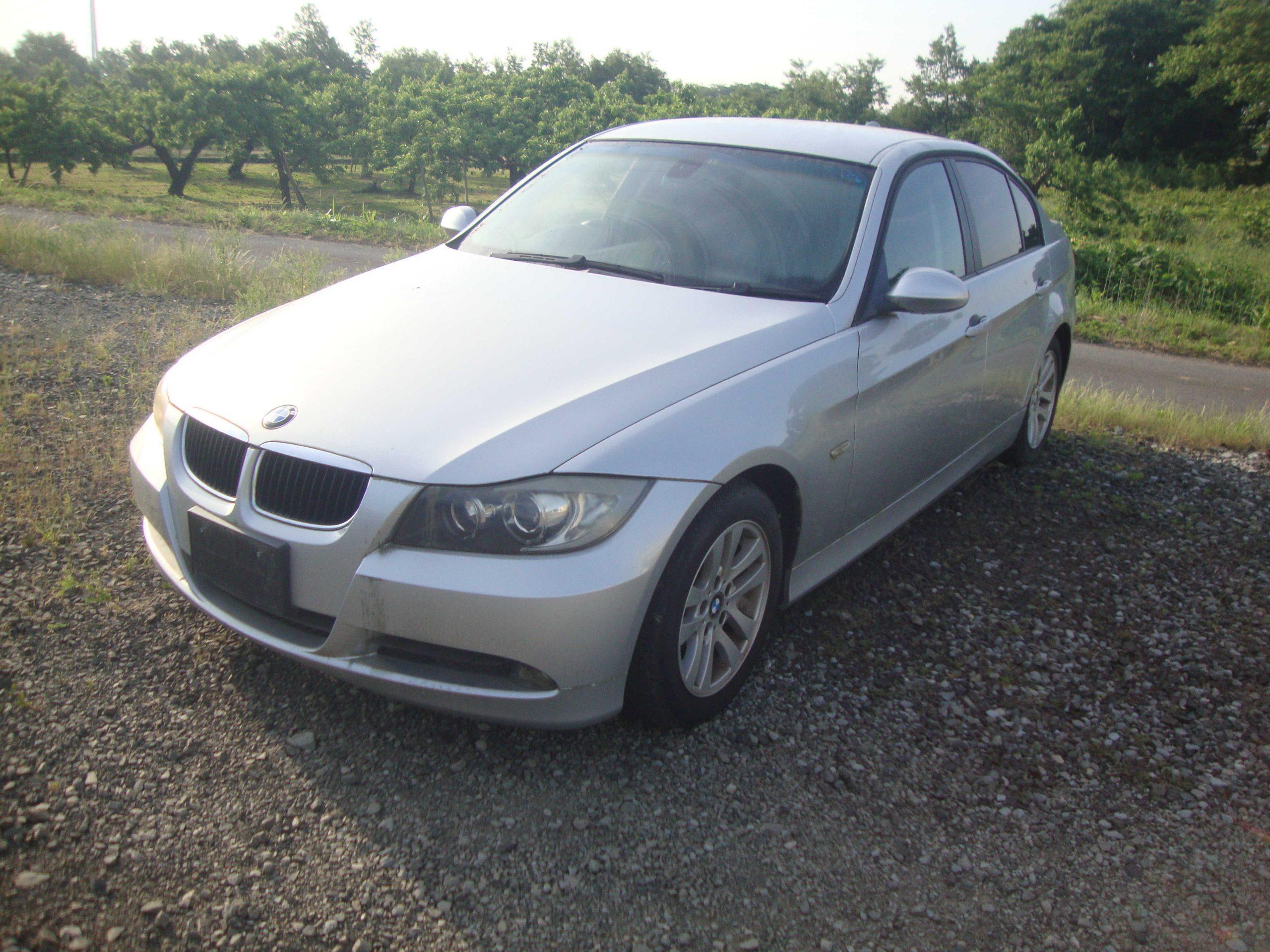 BMW320i 廃車 解体車 輸出向け車両